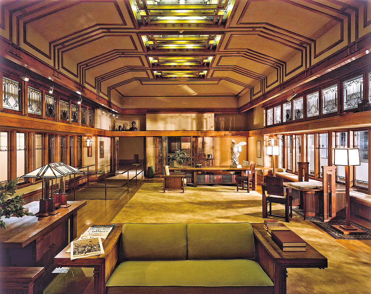 Ten more reasons why i love living in the city that never sleeps hints and echoes Frank lloyd wright the rooms interiors and decorative arts