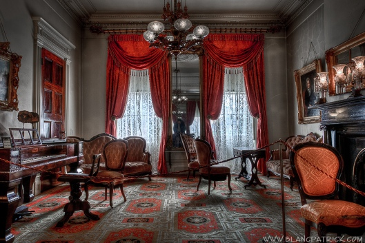 Front parlor, Merchant's House Museum. Photo by Patrick Blanc